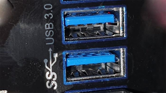 usb-ports blau 3.0 farben