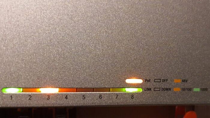 ubiquiti unifi switch 8 led leiste